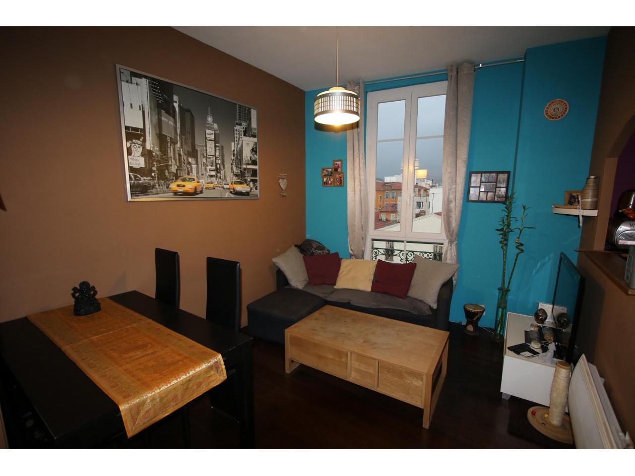 immobilier appartement nice appartement 2 pieces 393 m a vendre. Black Bedroom Furniture Sets. Home Design Ideas